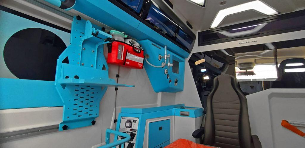 ambulanza-allestimento-Maxima-Orion-interno2